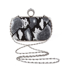 /knuckle-ring-acrylic-stone-rhinestone-scales-inkpainting-party-hand-shoulder-clutch-evening-bag-p-26.html