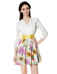 /v-neck-daisy-print-big-hem-34-sleeve-dress-p-616.html