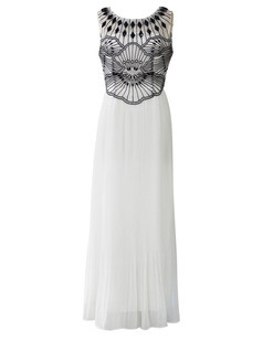 /lotus-embellished-embroidery-pleated-maxi-dress-p-4188.html